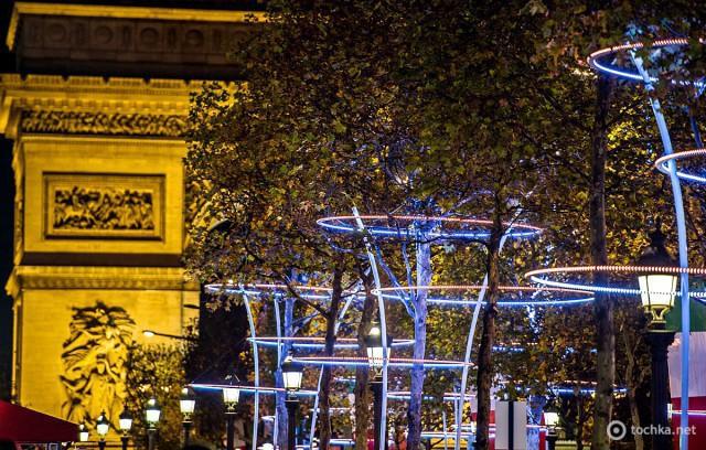 Рождественская иллюминация в Париже