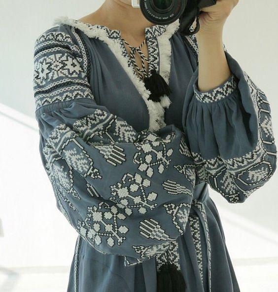 Як носити вишиванку