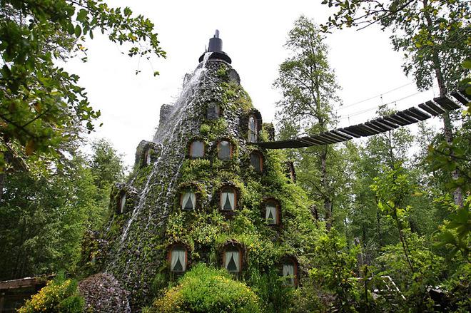 Казковий відпочинок в Чилі: готель Magic Mountain Lodge в кратері вулкана Arenal