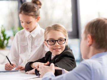 Работа для школьников на лето: какие есть варианты?
