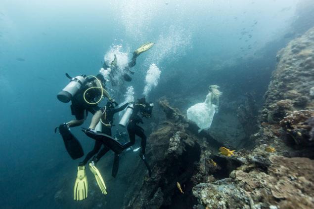 Фантастическая подводная фотосессия Бенджамина фон Вонга