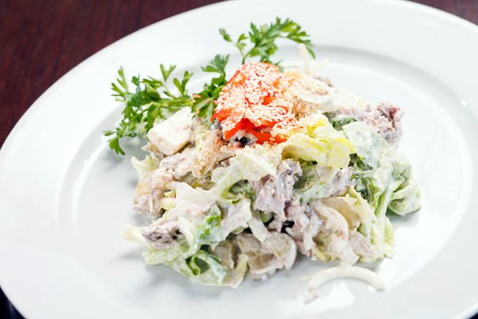Салат з капусти із сметаною