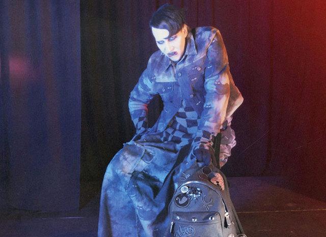 Рекламна кампанія Marc Jacobs FW 2016/2017: Мерілін Менсон