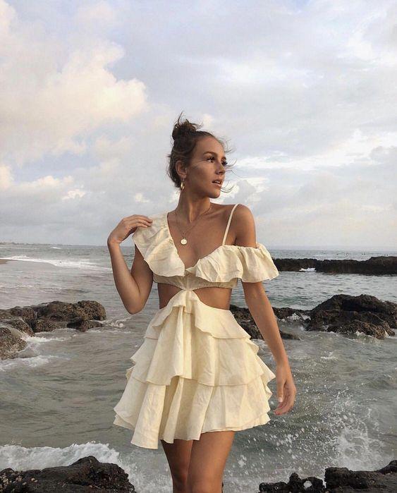 Платье с разрезами — тренд сезона весна-лето