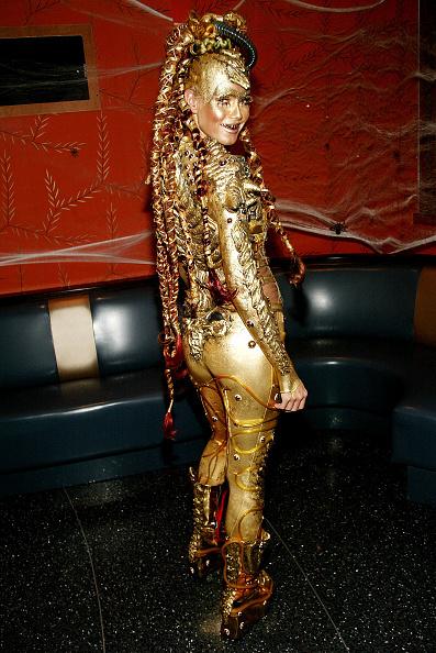 костюмы звезд на хэллоуин