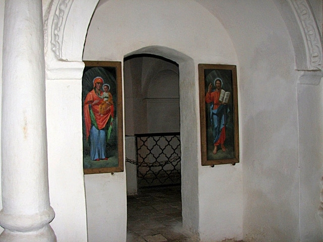 Антониевы пещеры (Чернигов)