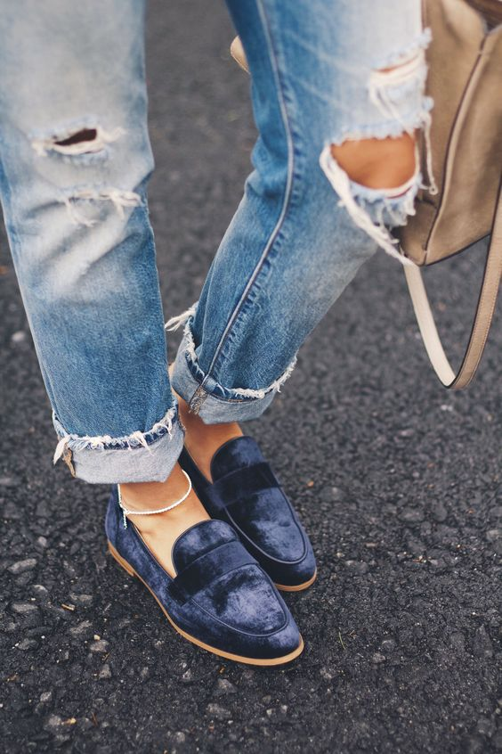 Оксамитове взуття на літо