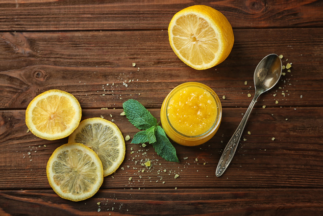 Лимон в догляді за собою