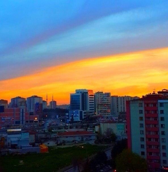 Патриотический закат в Киеве