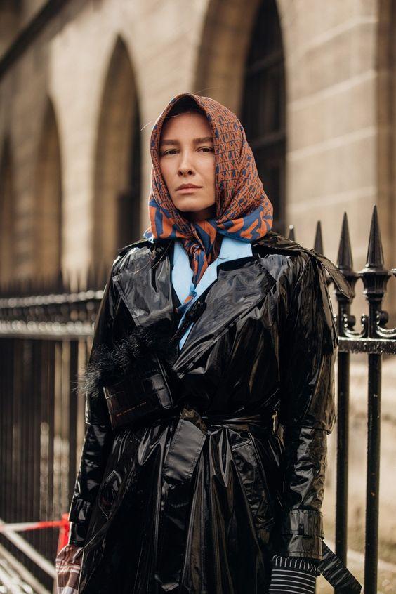 Модні зимові образи з платком на голову