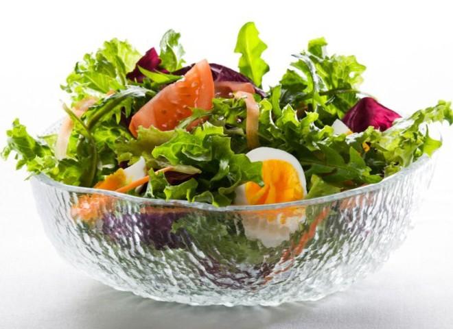 Салат из одуванчика с фото