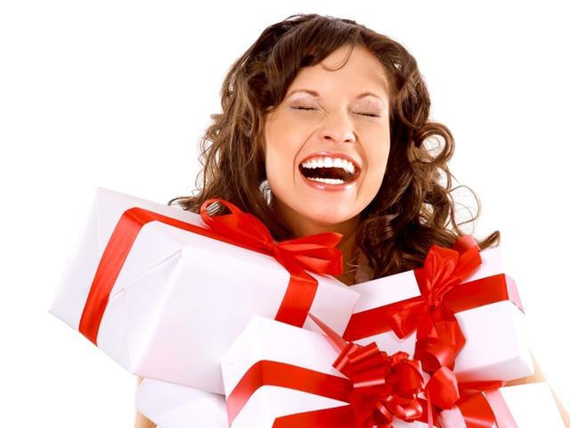 В какой стране начали дарить подарки 49