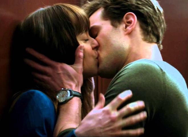"""Поцілунки у фільмі """"50 відтінків сірого"""""""