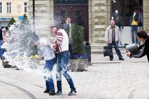 Мокрый понедельник во Львове
