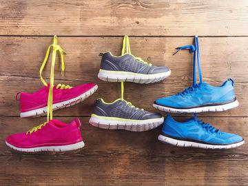 Як прати кросівки