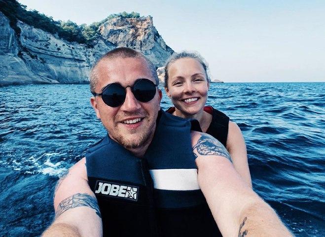 Алена Шоптенко с мужем