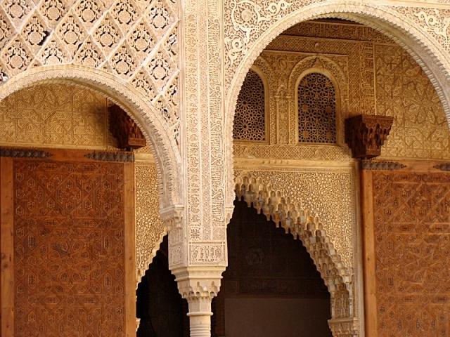 Замок в Іспанії - Альгамбра