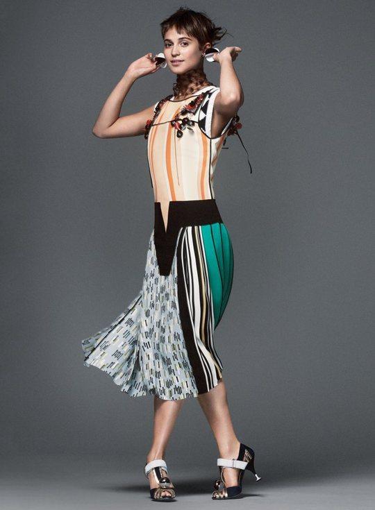 Алисия Викандер для Vogue