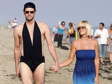 Пляжный сезон: ТОП-5 самых странных и безвкусных купальных нарядов звезд