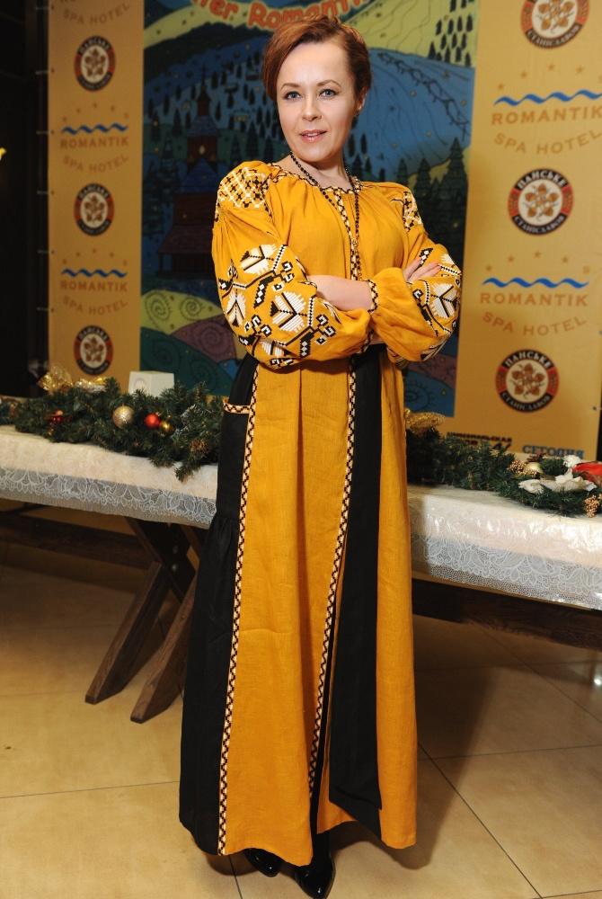 Украинские костюмы: Литовченко, Сумская, Яремчук, Гончарова