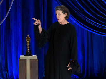 """Френсіс Макдорманд на церемонії """"Оскар-2021"""""""