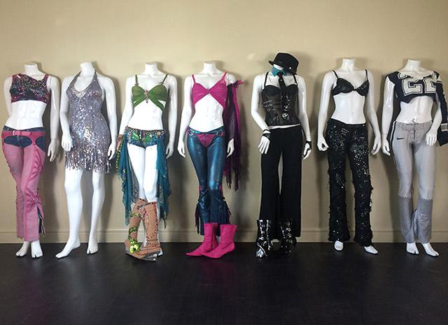 7 культовых сценических костюмов Бритни Спирс