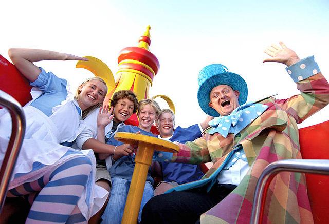 Осенние каникулы: совмещаем приятное с полезным: Adventure Wonderland (Великобритания, графство Дорсет, Борнмут)