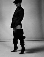 Белла Хадид для 032c Magazine