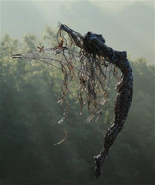 Невероятные скульптуры из проволоки