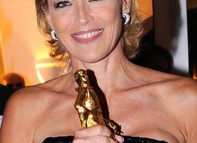 Драгоценности Damiani выбирает Шерон Стоун