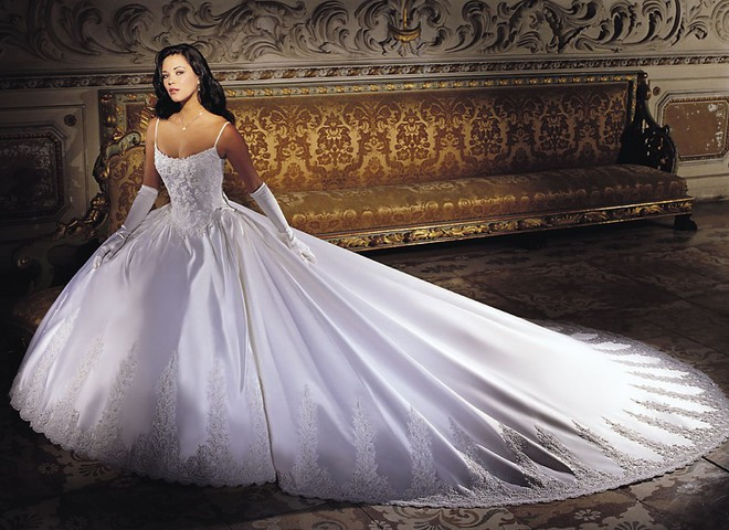 Свадебное платье из платины стоит $340 тыс.