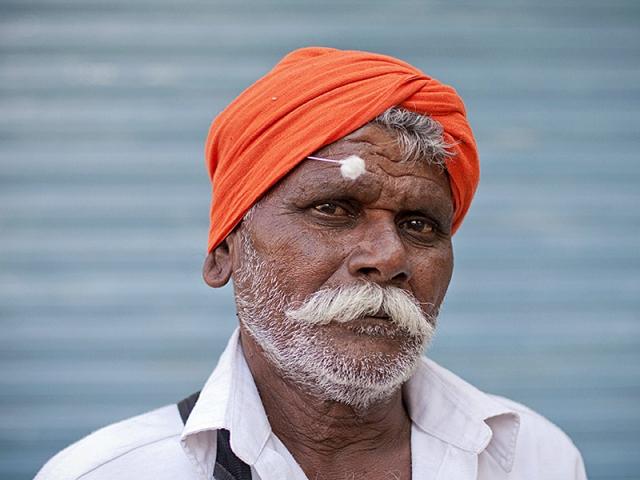 Разводы туристов в Индии: развод «грязные уши»