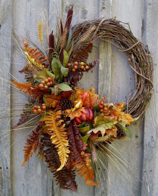 Осенний венок из папоротника