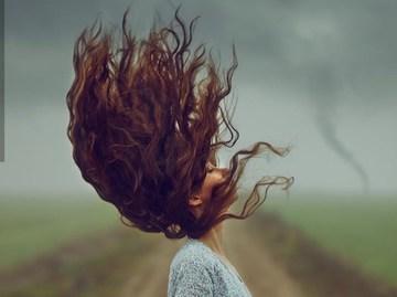Місячний календар фарбування волосся