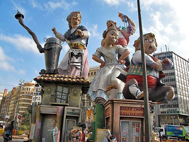 Найнезвичайніші фестивалі Іспанії: Las Fallas