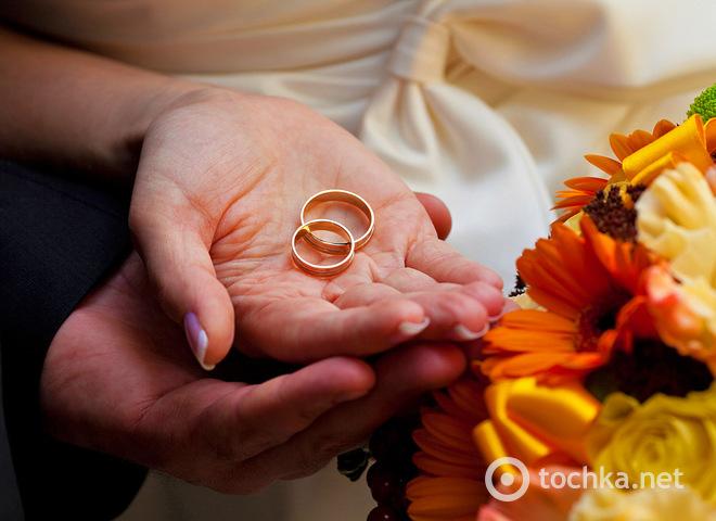 Секрети астрологів: як правильно носити кільця