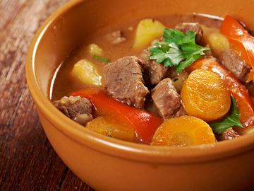 М'ясо з овочами, Овочеве рагу з м'ясом