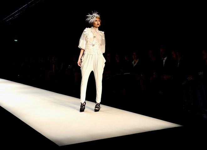 Літо 2009: Модні жіночі брюки