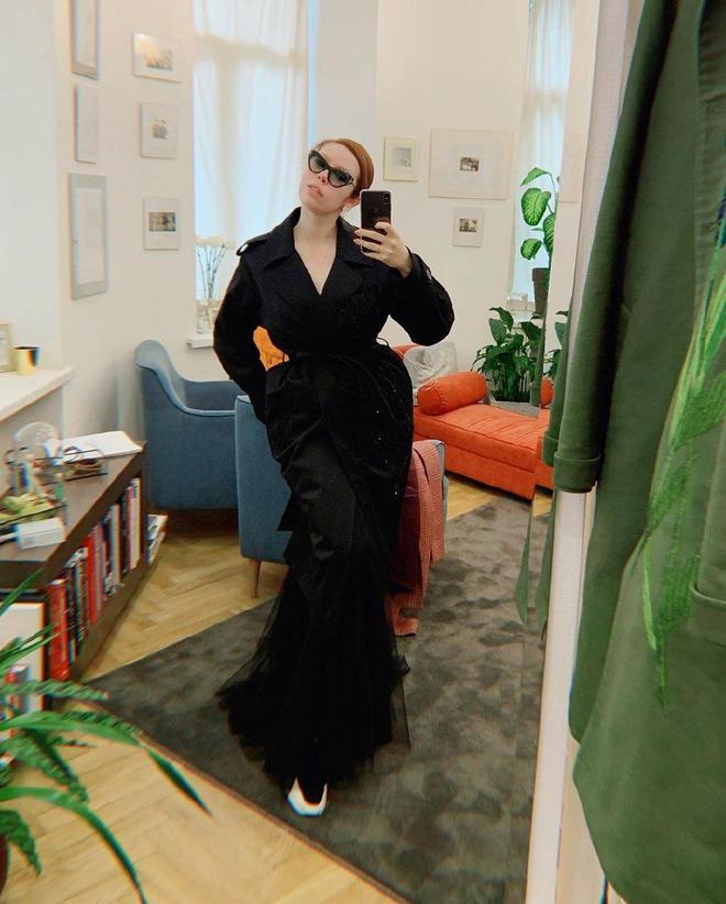 Соня Плакидюк в одязі бренду ARTEMKLIMCHUK
