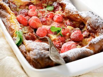 Рецепты с клубникой: пирог быстрый и вкусный
