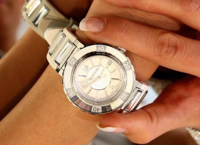 Как выбрать швейцарские часы