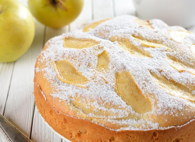 шарлотка яблочная достурюпный рецепт
