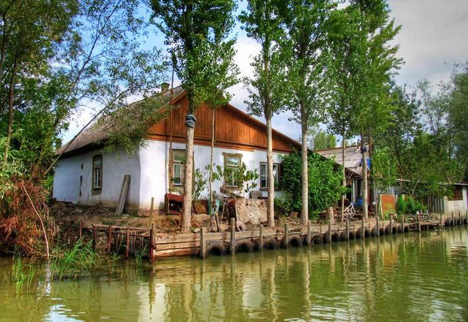 Отдых весной 2016: куда поехать в Украине