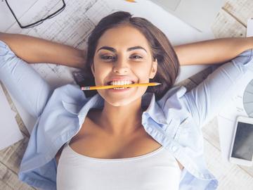 зубы. девушка.улыбка