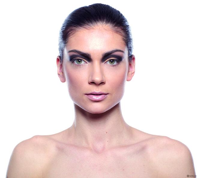 Вечірній макіяж: покроковий урок з фото