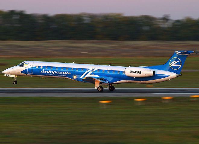 Возобновлены сезонные рейсы Харьков - Ивано-Франковск