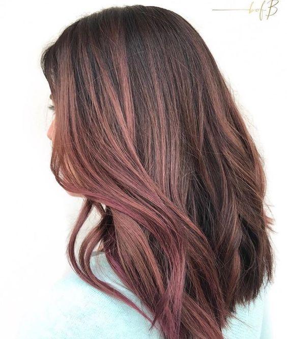 Розовый шатен