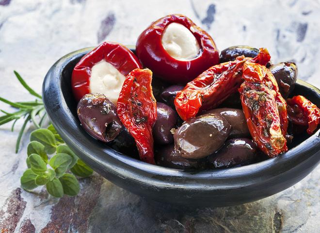 Італійські традиції: як приготувати в'ялені помідори