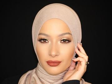 Мусульманская бьюти-блогер стала лицом американской косметики