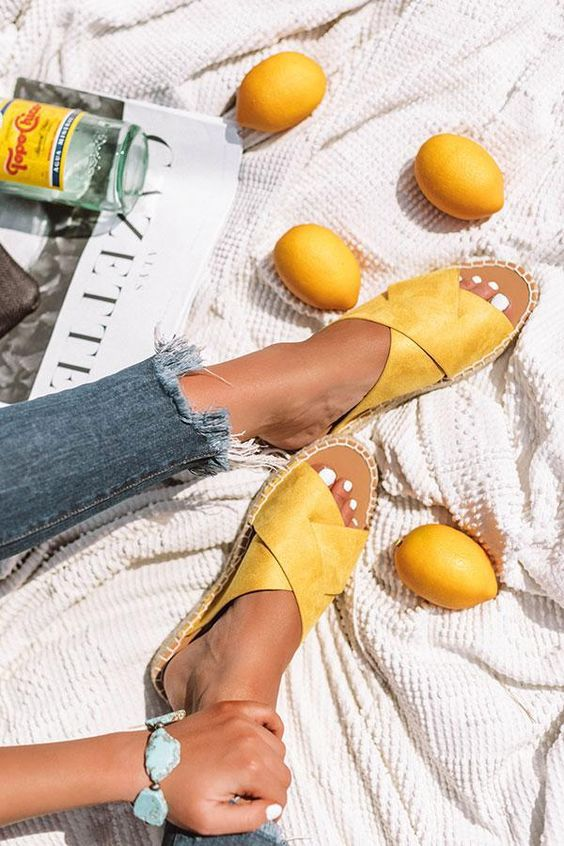 15 варіантів взуття на літо 2020 року, від яких в захваті всі (або майже всі)